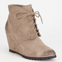 Qupid Tustin Womens Wedge Boots Taupe  In Sizes