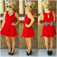 LOOK AT ME NOW HOUNDSTOOTH BOW BACK DRESS IN RED