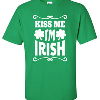 Kiss Me I'm pub crawl bar scotland saint st. Patrick's Paddy's ireland irish scottish T-Shirt Tee Shirt Mens Ladies Womens mad labs ML-283