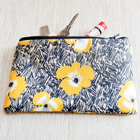 Make Up Bag, Gift for Her, Flower Pouch, Zipper Pouch, Coin Purse, Cosmetic Bag, Pouch, Pencil Pouch, Pencil Case, Back to School Supply