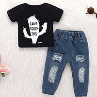 Toddler Boys Letter Print Tee With Ripped Jeans