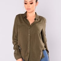 Aurora Woven Top - Olive