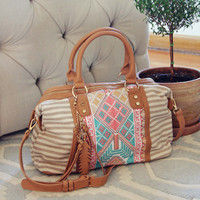 Feather Seeker Tote in Sand