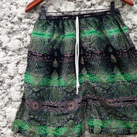 20Inch Length Unisex Simi Shorts For Summer Peacock Art Print Boho Beach Hippies Hipster Clothing Aztec Bohemian Ikat Comfy Chic Green