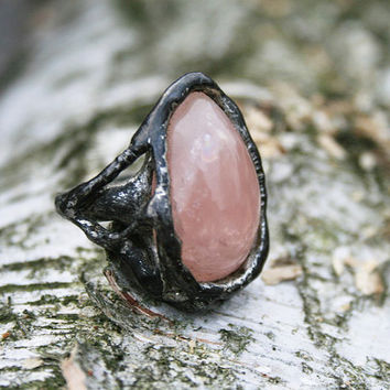 pink quartz ring, rose quartz ring, quartz ring, raw ring, adjustable ring, organic ring, eco ring, tiffany method, gift for mother, for her