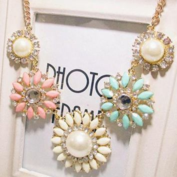 Moonar® Vintage Resin Flower Bubble Bib Statement Pendant Necklace Choker Collar Jewellery
