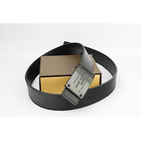 Louis Vuitton Woman Men Fashion Smooth Buckle Belt Leather Belt Skin Belts LV Beltt711