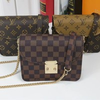 """Louis Vuitton""Multicolor Fashion Elegant Print Chain Package Logo Letter Women Small Bag Mental Crossbody Bag"