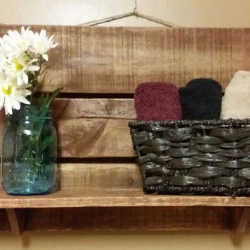 Rustic Pallet shelf,  Bathroom Shelf, kitchen shelf, Hall Shelf, country western decor, wood shelf