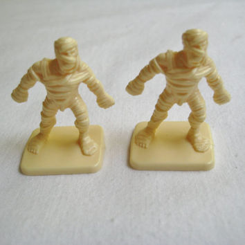 Vintage HeroQuest Game Pieces Lot Replacement Plastic Mummy Mummies 2 Figures Used Clean 1990 Milton Bradley