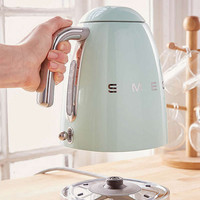 SMEG Electric Kettle   Urban Outfitters