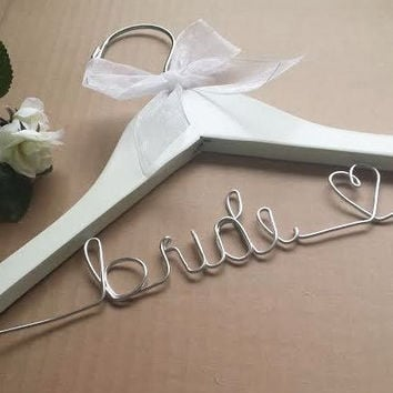 Ships in 3-5 business days / Personalized Wedding Hangers / Wedding Hangers / Bridal Hanger / Bridal Party Hangers / Bride / Bridesmaids