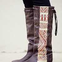 Howsty Womens Myla Tall Boot