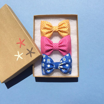 Yellow dot, pink dot, and tiny blue daisy Seaside Sparrow hair bow lot.  Perfect birthday gift for any girl.