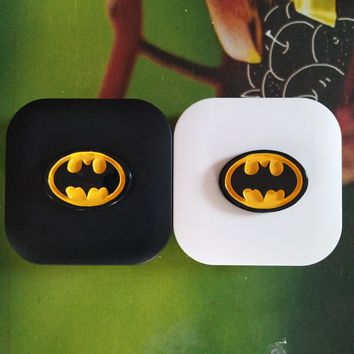 LIUSVENTINA DIY resin batman contact lens case for eyes contact lenses box for glasses spectacle case