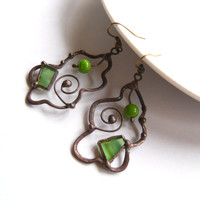 Stain glass earrings, statement jewelry, copper wire earrings, green stained glass, artistic jewelry, glass beads earrings, christmas gift