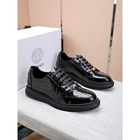 VERSACE  Men Fashion Boots fashionable Casual leather Breathable Sneakers Running Shoes 12