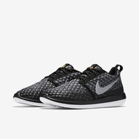 The Nike Roshe Two Flyknit 365 Women's Shoe.