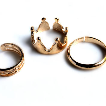 """""""Queen Of Kings"""" Gold Ring Set"""