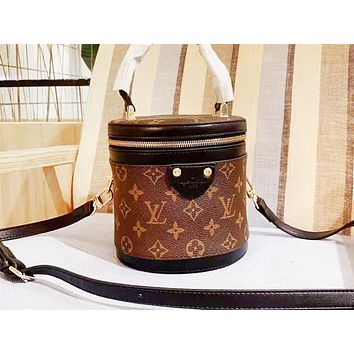 LV hot seller of printed patchwork color lady shoulder bag and a hot seller of casual bucket bag Coffee