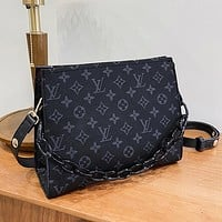 LV Louis Vuitton new classic letter chain messenger bag shoulder bag shopping bag