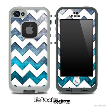Abstract Oil Painting with White Chevron Pattern Skin for the iPhone 5 or 4/4s LifeProof Case