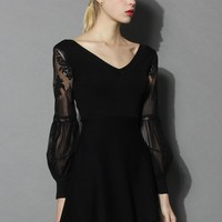 Fashionably Black V-neck Knit Dress