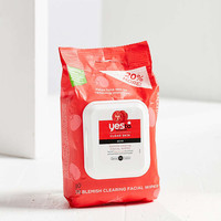 YES TO Tomatoes Blemish Clearing Facial Wipes - Urban Outfitters
