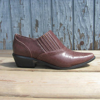 Vintage brown western Ankle Booties // Womens shoes Size 9