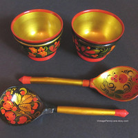 Vintage Tole Painted Wood Spoons and Bowls, Russian KHOKHLOMA Toleware / Lacquerware