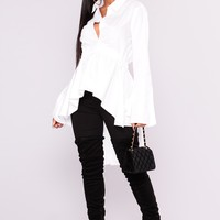Briana Hilo Top - White
