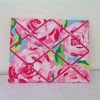 Lilly Pulitzer fabric covered memo board. Perfect for college dorm room or family room or kitchen or girls bedroom. Great gift for students.
