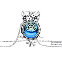 Owl Pendant Vintage Necklace
