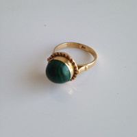 18k Malachite Dark Green And Gold Dome Ring (Vintage)