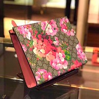 Gucci Fashion Women Handbag Colorful Floral Wrist Bag Makeup bag Red