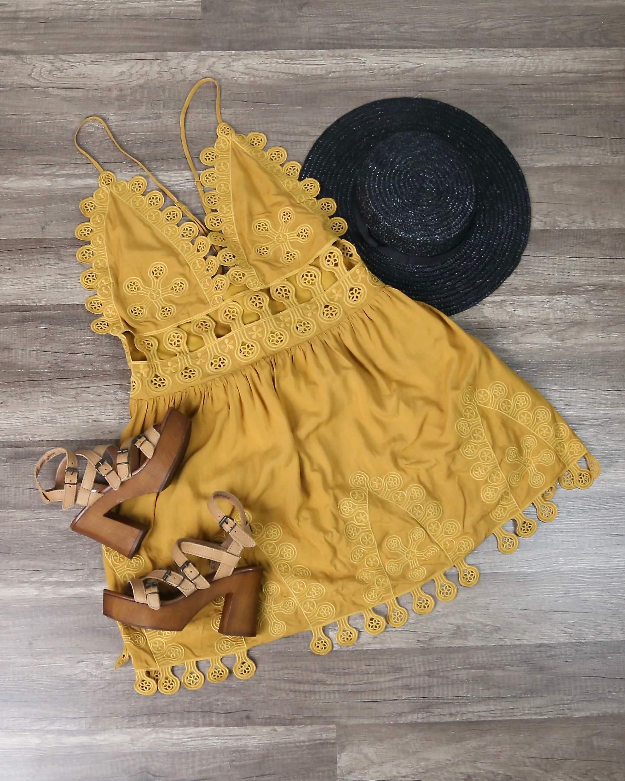 Image of Final Sale - Honey Punch - Summer Lace Mini Dress in Chloe Yellow