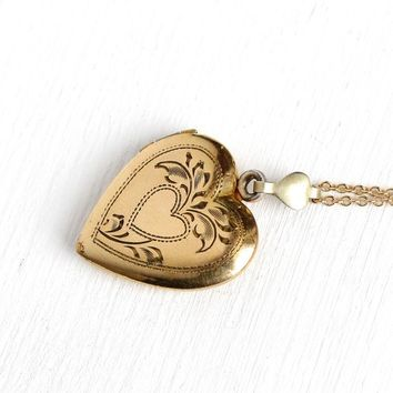1940s Heart Locket - Vintage Retro 10k Rosy Yellow Gold Filled Pendant Necklace - WWII Mid Century Era Etched Heart Sweetheart Love Jewelry