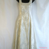 vintage formal, party dress, wedding dress, Jesse Mcclintock designer, timelesspeony, gold threads, party dress, aline gown, bride