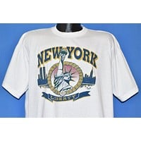 90s New York City Statue of Liberty t-shirt Large