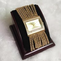 GUESS Fashion new gold-set rhinestone bracelet with square diamond rhinestone women watch golden