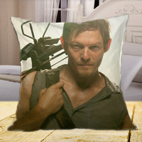 """WALKING DEAD Daryl Dyxon on square pillow cover 16"""" 18"""" 20"""""""