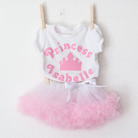 Personalized Newborn Coming Home Outfit, Appliqued Bodysuit and Pettiskirt Set, Gift for Newborn, Newborn Pictures