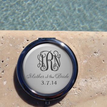 Silver Monogram compact mirror,Personalized Compact Mirror, Custom,Compact,Mirror,Mother of the Bride Gift,Wedding party gift,Gifts for her