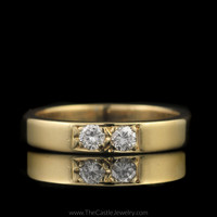Unique 2 Round Diamond 1/4cttw Wedding Band in 14K Yellow Gold