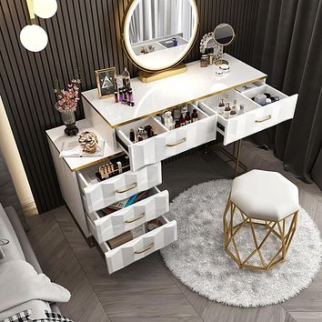 Attractive Designed Dressing Table Set