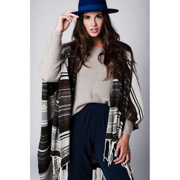 Printed Knitted Poncho With Fringe