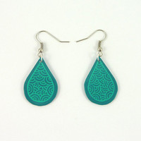 CD recycled Earrings : Turquoise blue drops with green doodles - by Savousepate