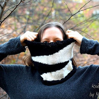 Cozy chunky infinity loop cowl - handknit from beautiful alpaca and cashmere yarn - warm and soft, black and white for him and her