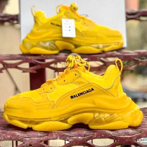 Image of Balenciaga Shoes High Quality Contrast Crystal clear shoes Triple sole Shoes Yellow