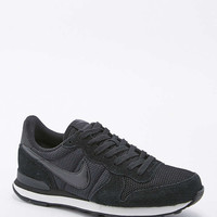 Nike - Baskets Internationalist noires - Urban Outfitters